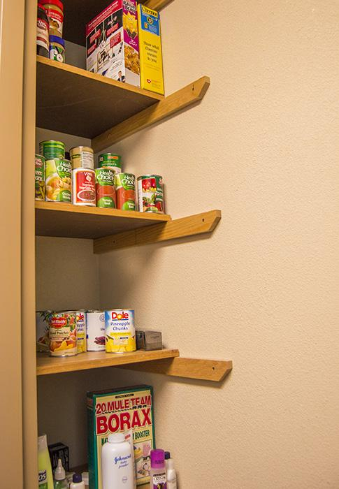 Honors Club revives BH Pantry for Students in Need