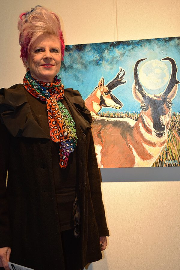 Black+Hills+regional+artist+Dede+Farrar+shows+work+from+her+recent+show+%22Animal+Attraction%22+at+the+Dahl+Art+Gallery.